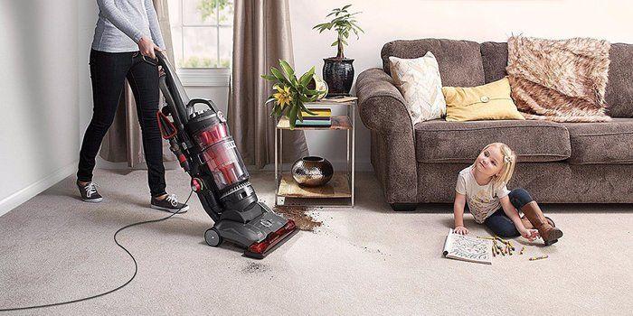 Best Bagless Vacuum Cleaners to Buy in UK (Reviews 2021)