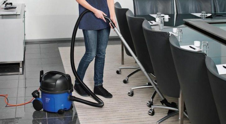 7 Best Commercial Vacuum Cleaners in UK 2021
