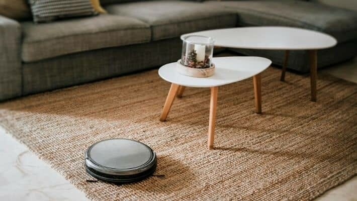 Advantages of Owning a Robot Vacuum