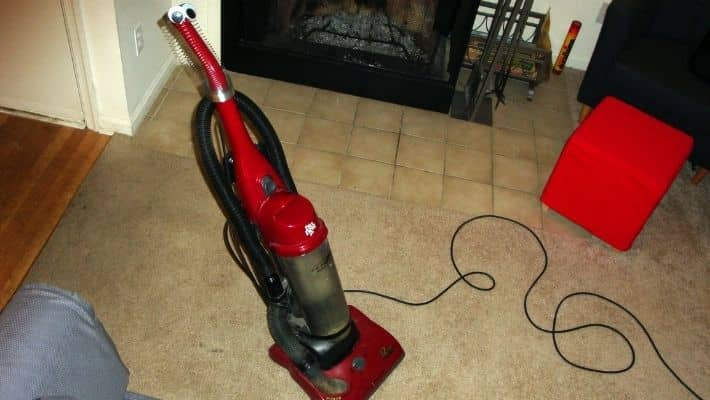 How to Clean a Dirt Devil Vacuum Cleaner?