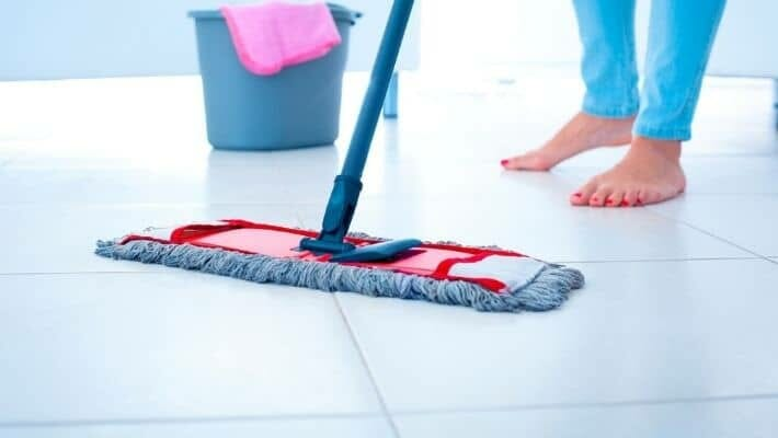 How to Use a Microfibre Mop for Dry Dust, Wet & Steam Cleaning